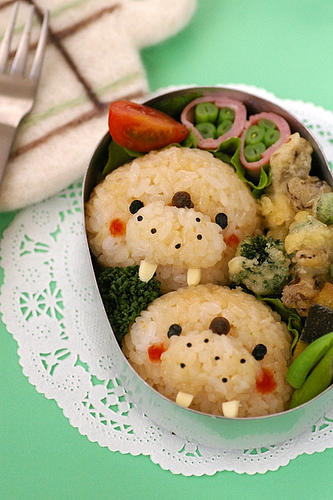 cute-food-walrus-bento