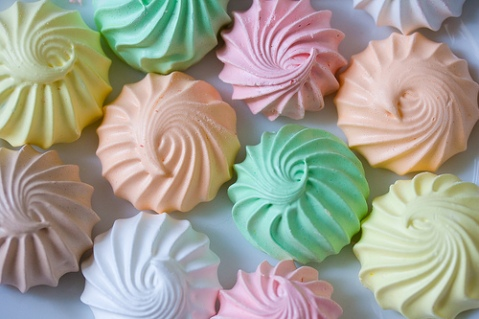 cute-food-meringues