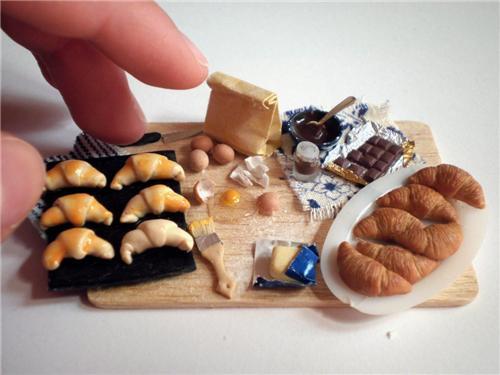 cute food photos - Tiny Croissant Prep Board