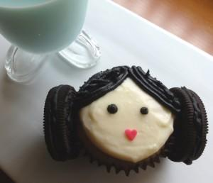 cute food photos - Princess Leia Cupcakes